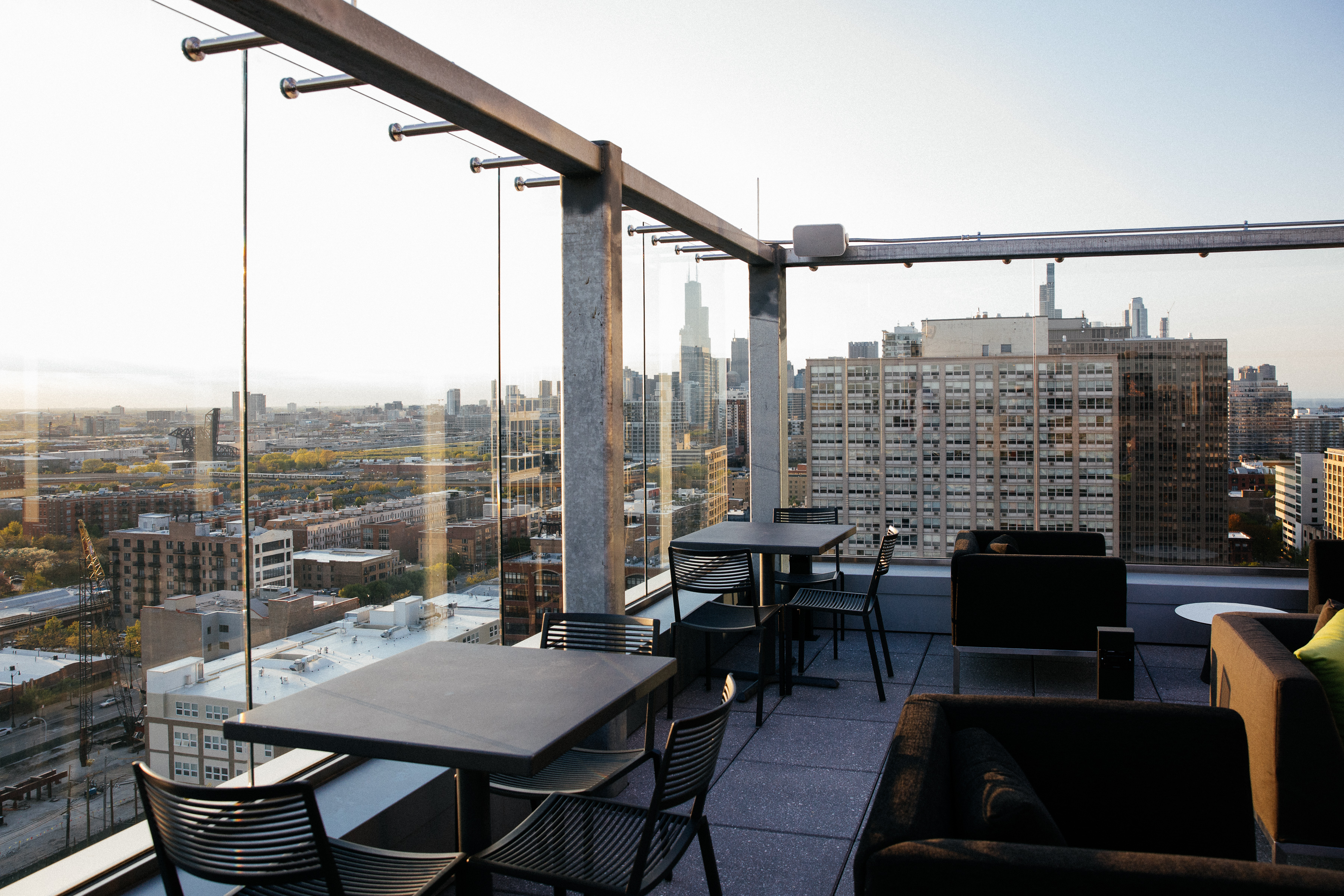 The Best Rooftop Bars In Chicago Chicago The Infatuation