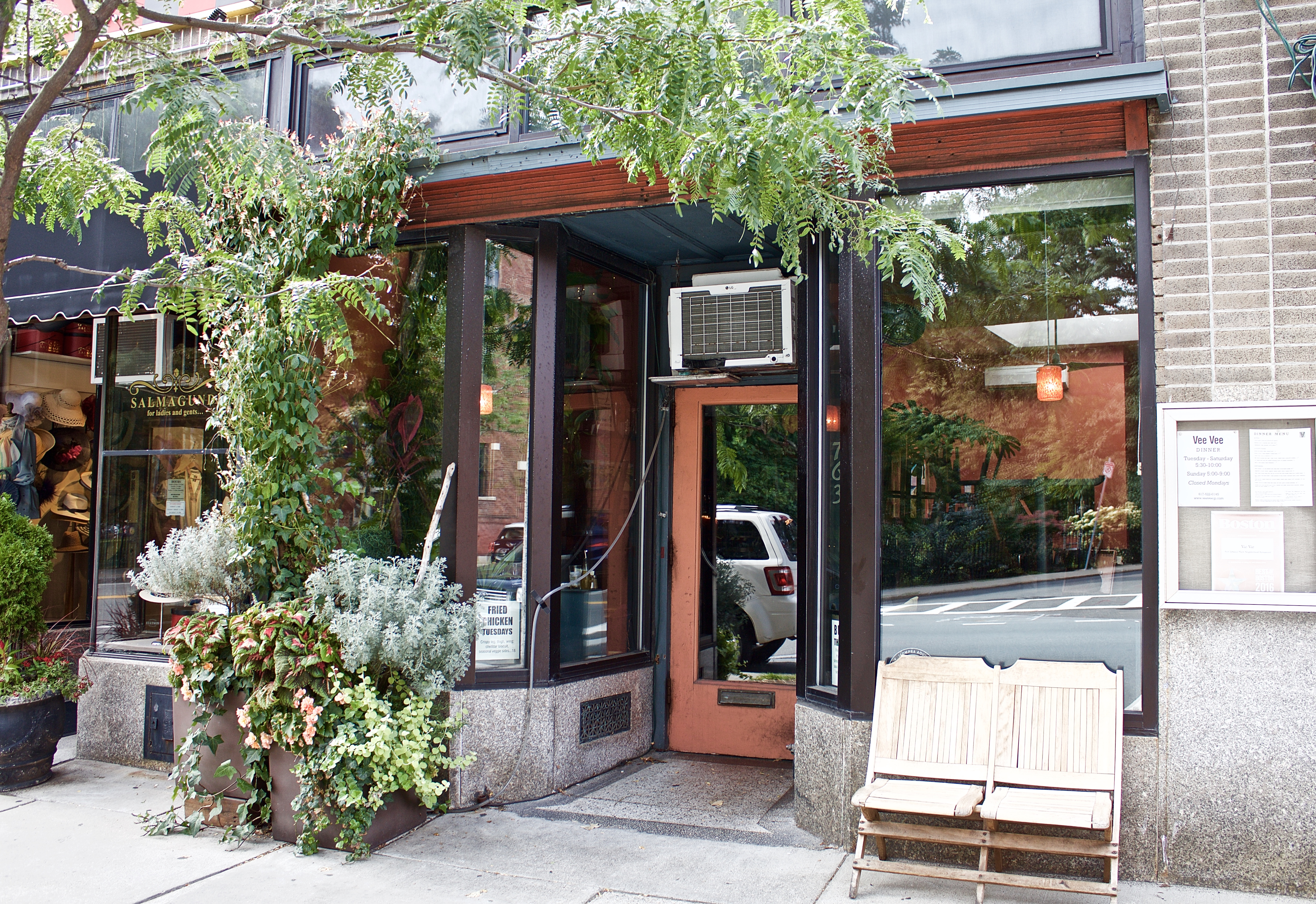 Where To Eat And Drink In Jamaica Plain Boston The Infatuation