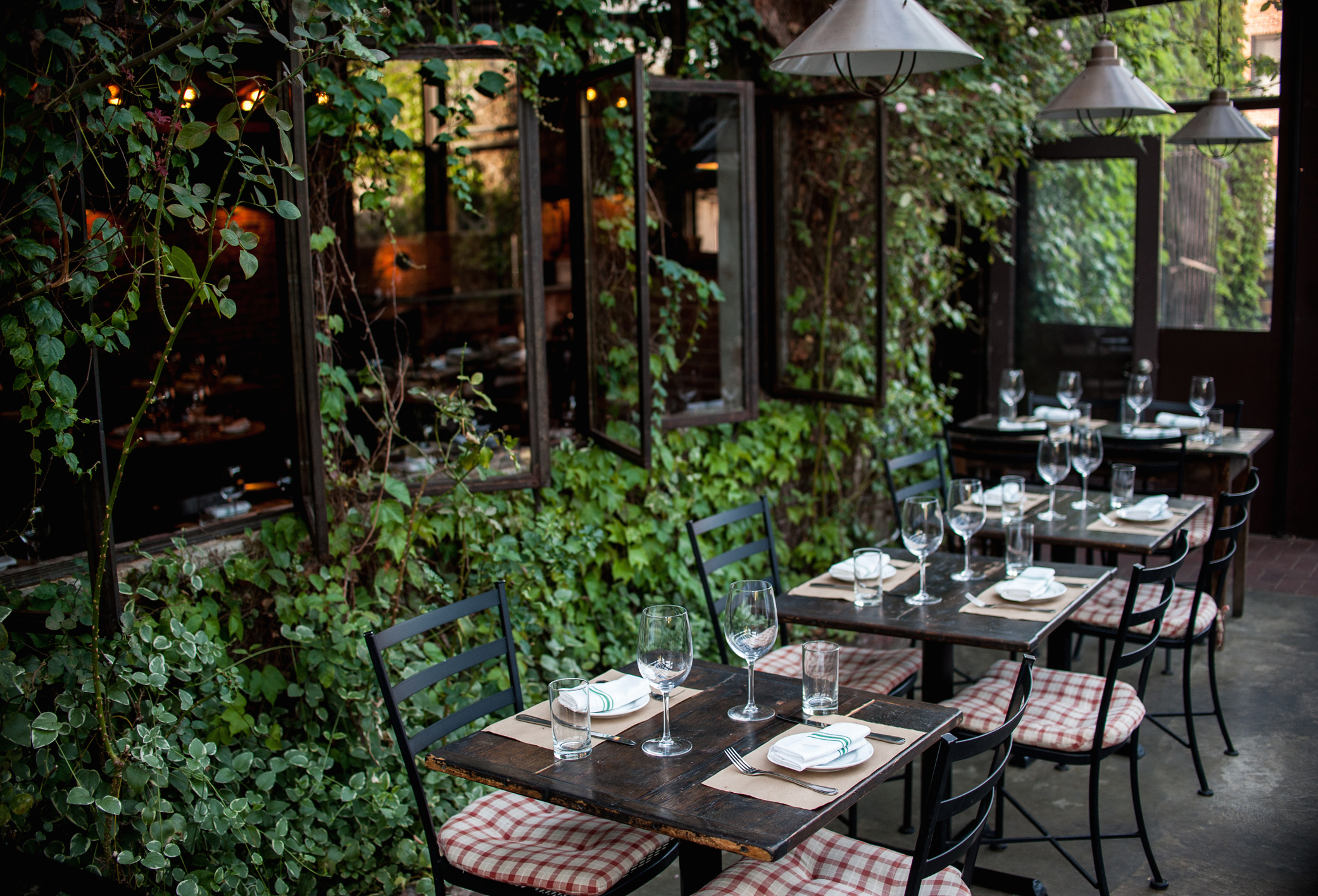Where To Eat Outside In Williamsburg Williamsburg New York The Infatuation